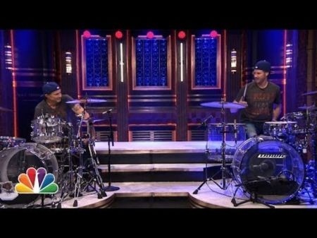 Celebrity doppelgangers Will Farrell and Chad Smith have drum-off on 'Fallon'