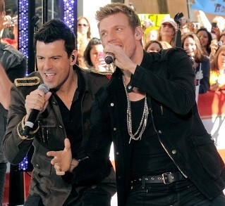 Nick Carter and Jordan Knight team up to release album, embark on 39-city tour