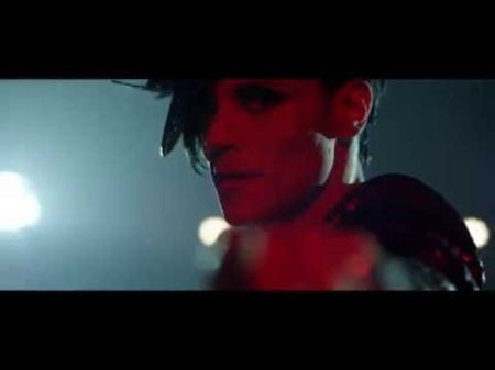 Electropop duo Cary Nokey release music video for 'B Who U R'