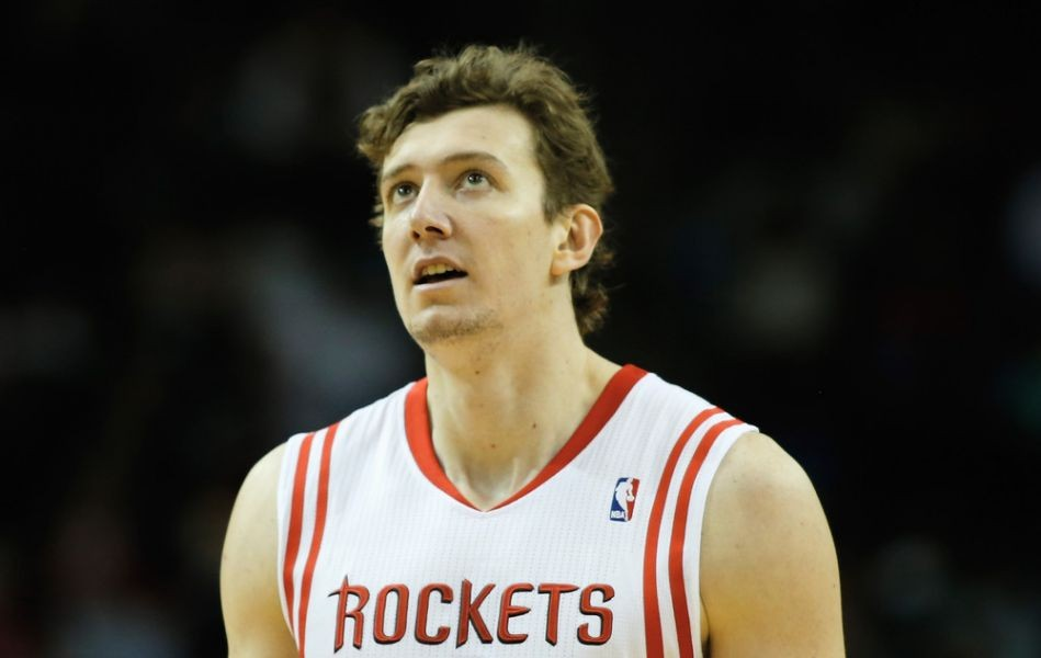 Reports state Rockets trade Omer Asik to Pelicans for future draft pick