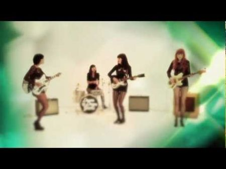 Rock and pop come together in the sound of Dum Dum Girls