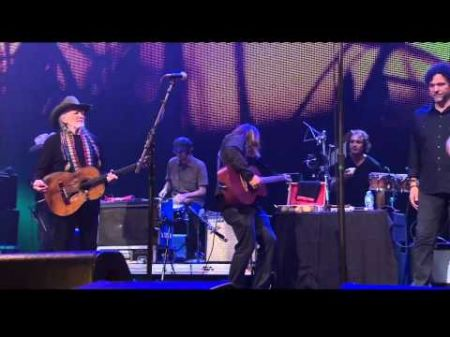 Willie Nelson, Neil Young, Jack White lead Farm Aid's 2014 lineup