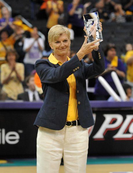 LA Sparks fire head coach Carol Ross