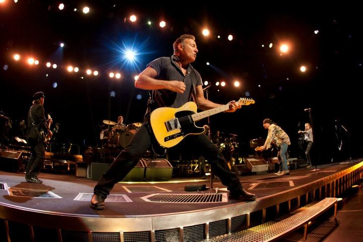 Bruce Springsteen and the E Street Band announce fall 2012 tour dates