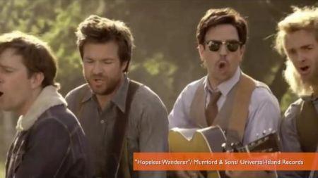 Jason Sudeikis, Ed Helms star in Mumford & Sons'  'Hopeless Wanderer' video