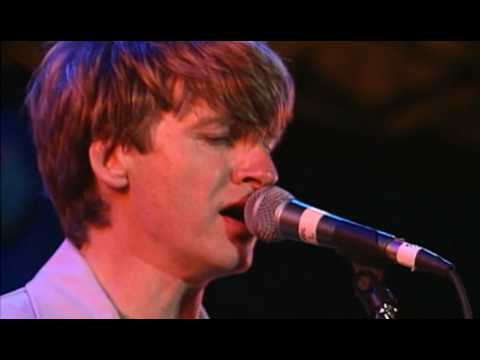 Crowded House making beautiful music again