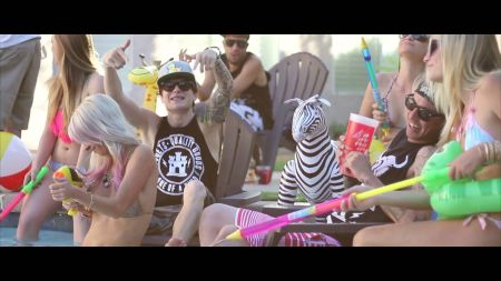 In Las Vegas, Shotty finds musical success online