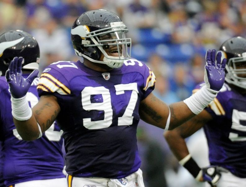 Minnesota Vikings 2014 roster breakdown: Defense and specialists