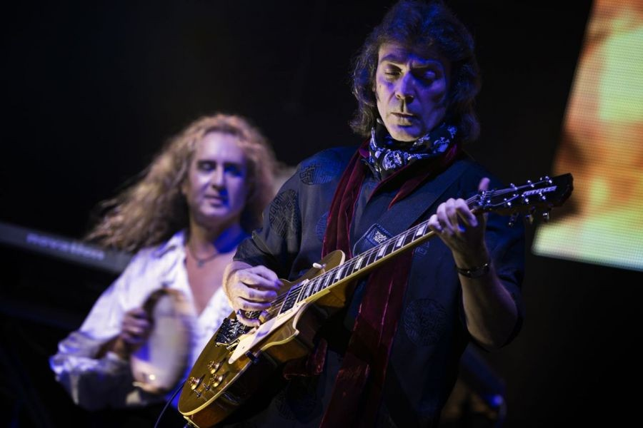 Guitarist Steve Hackett talks upcoming North American tour, Genesis and GTR