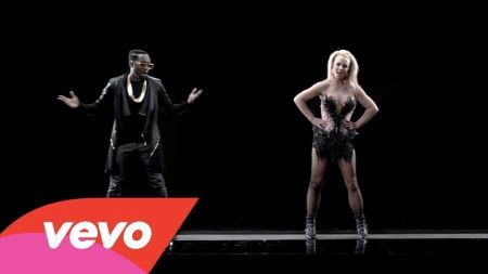 Will.i.am and Britney Spears 'Scream and Shout' in futuristic music video