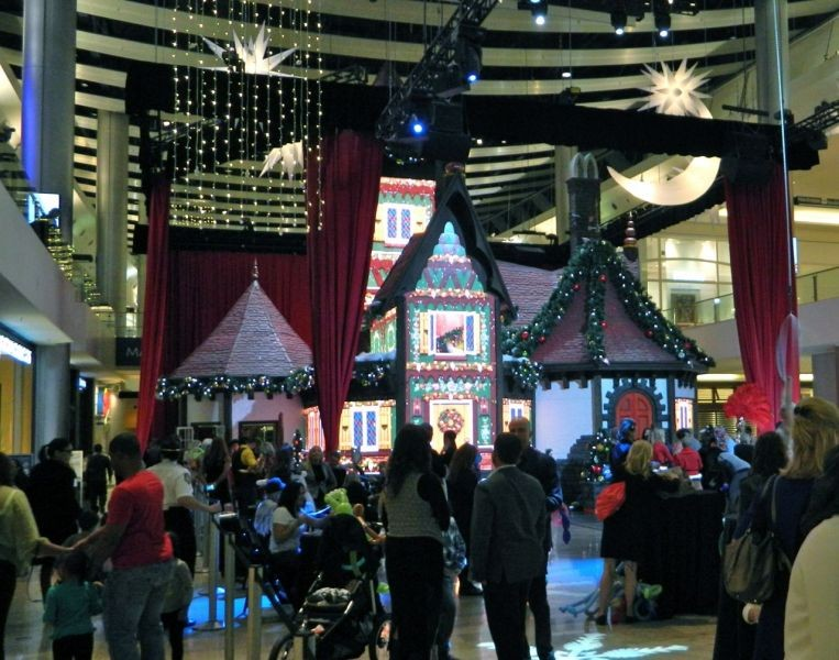 New Interactive Adventure To Santa Experience Opens At Fashion Show Mall