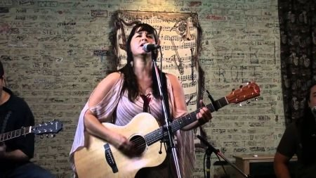 Kirsten Proffit is a singer-songwriter who makes pretty tunes