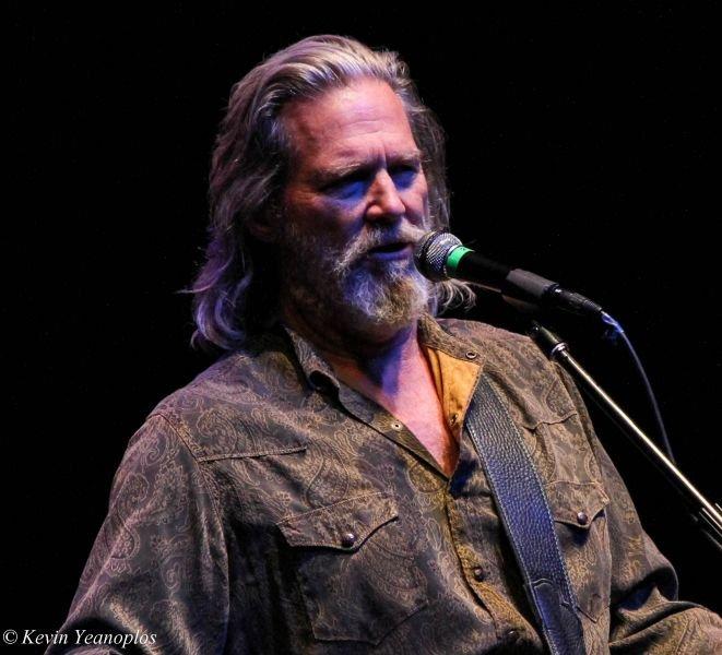 Jeff Bridges and The Abiders play the historic Fox Theatre Tucson Jan. 10, 2015.