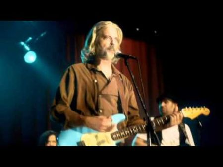 Eddie Edwards and The Psychedelic Spurs play catchy country songs