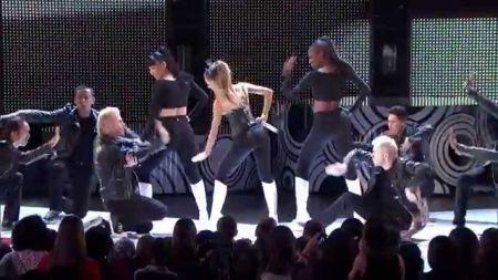 Image Optimized Demi Lovato Awards Show