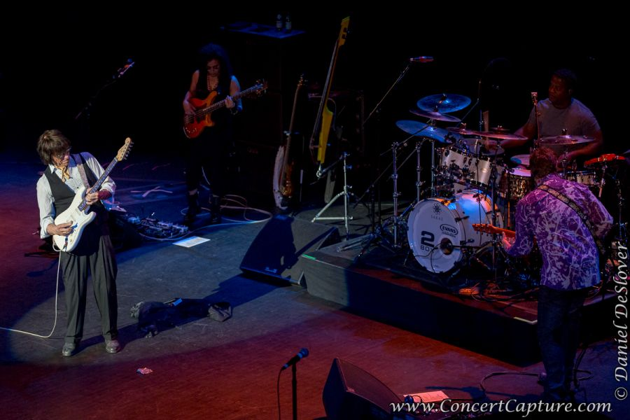 Jeff Beck performs on his 2015 tour at the Riverside Theater in Milwaukee