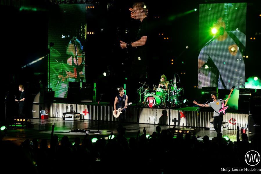 In Photos: 5 Seconds Of Summer At PNC Bank Arts Center