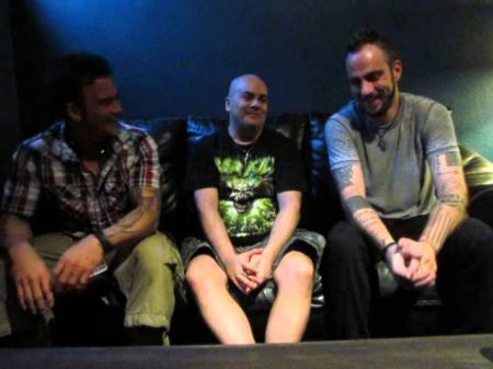 'Into the Pit' with Saint Asonia