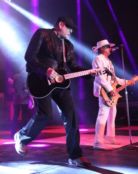 Cheap Trick kills it at the Bomb Factory