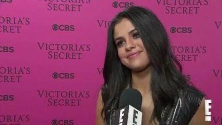 Got $4.5 million handy? Selena Gomez is selling her Calabasas estate