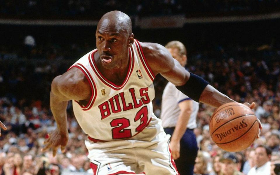 Michael Jordan and his 1996 Chicago Bulls would handle the current Golden State Warriors, easily.