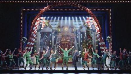 A cute Christmas musical comes to Dallas