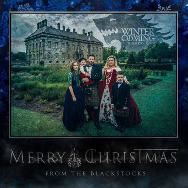 Kelly Clarkson sent out 'Game of Thrones' themed Christmas cards - AXS