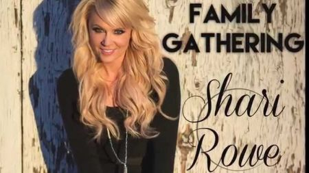 Shari Rowe: Arizona country star invites fans to a 'Family Gathering'