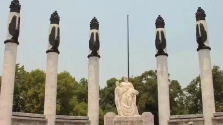 Chapultepec Castle and park larger than Central Park