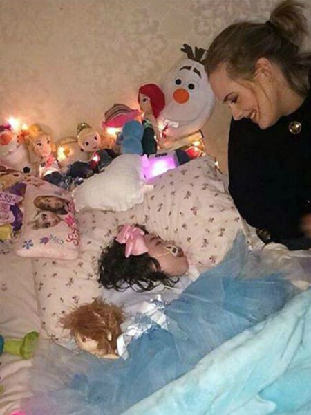 Adele took time to visit a sick fan in Dublin