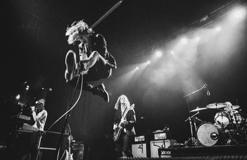 Cage The Elephant delivering one of their electrifying shows in Paris
