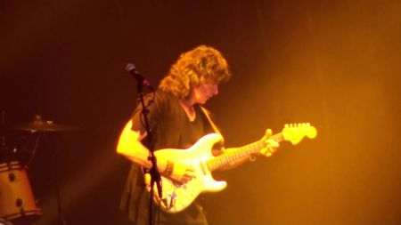 Ritchie Blackmore's Rainbow 'Burns' through last concert in Birmingham (Video)