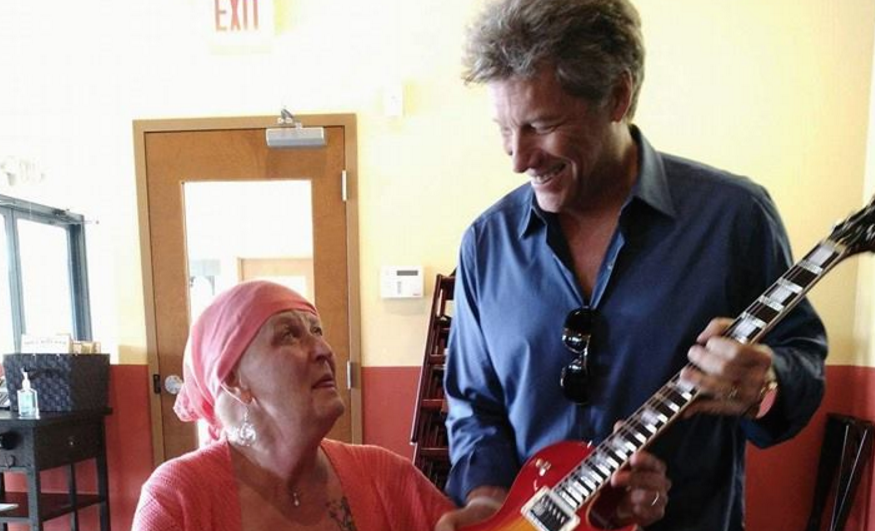 Jon Bon Jovi crashes fan\'s dinner at New Jersey restaurant - AXS