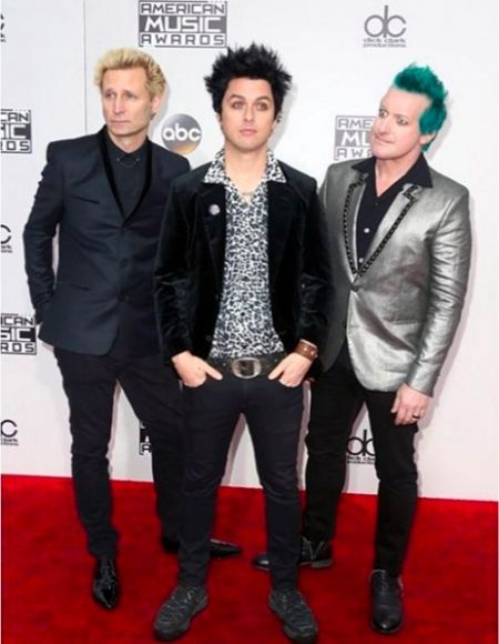 Green Day spoke with James Corden about their anti-Trump statement on the AMAs.