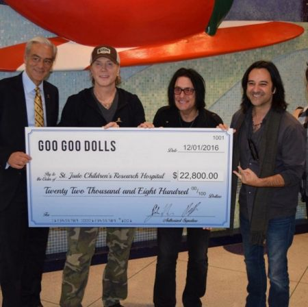 The Goo Goo Dolls presented St. Jude with a check for $22,800.