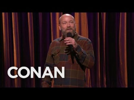 Los Angeles via Chicago: Riot LA comedian Kyle Kinane's best jokes about the Windy City