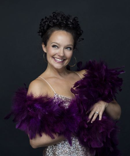 """Niki Scalera stars in """"Bassey and Me"""" paying homage to Dame Shirley Bassey"""