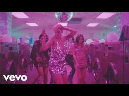 Betty Who turns a laundromat out in 'Some Kind of Wonderful' music video