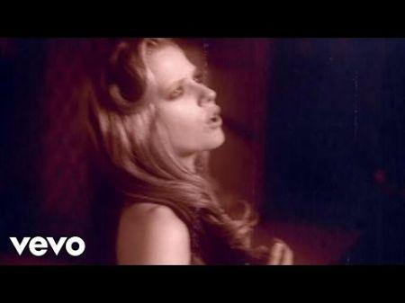 5 best Avril Lavigne lyrics