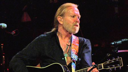 Gregg Allman forced to cancel all remaining 2017 live shows