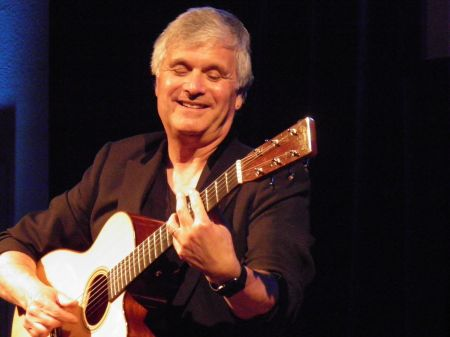 Interview: Laurence Juber treats fans to a musical journey from Irving Berlin to the Beatles