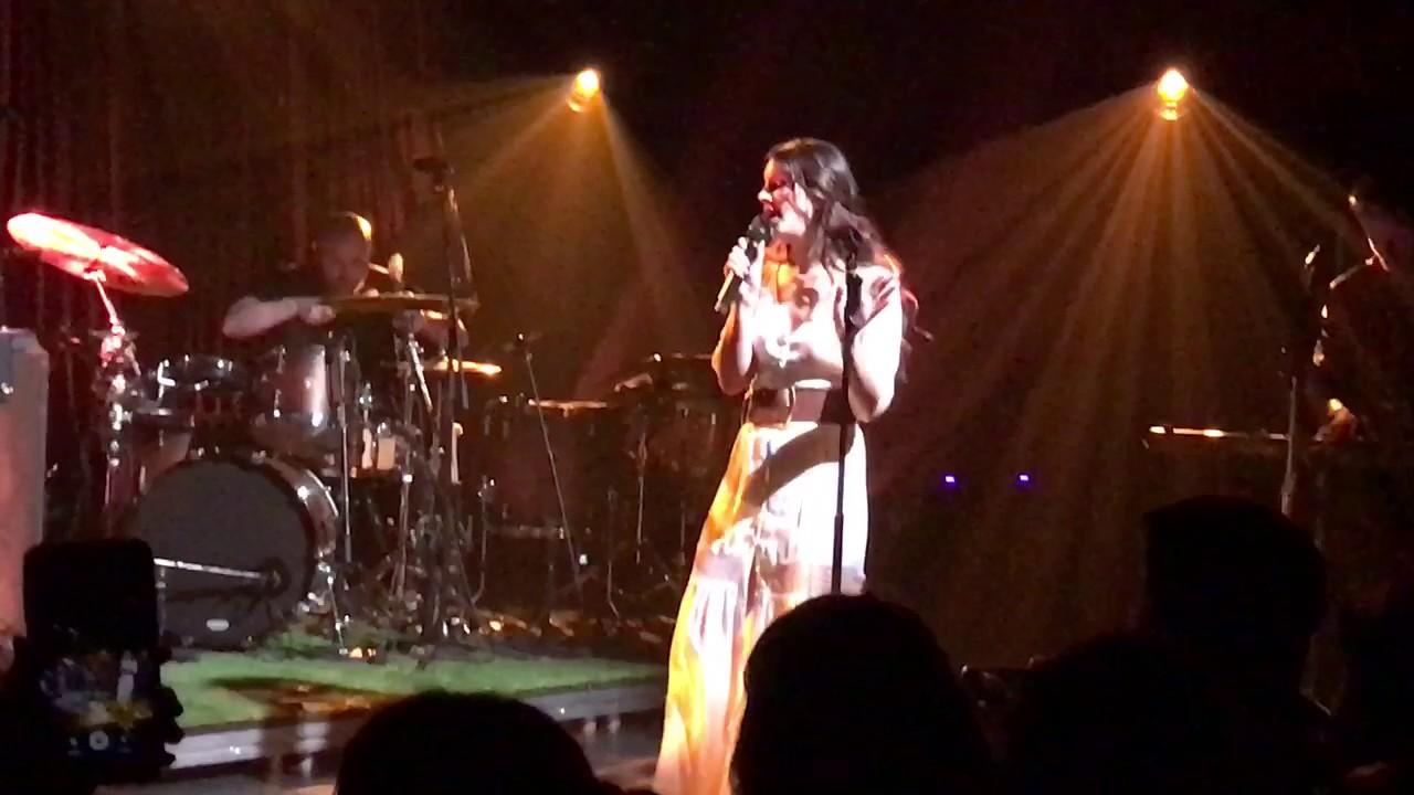 Watch: Lana Del Rey debuts new single 'Love' at SXSW