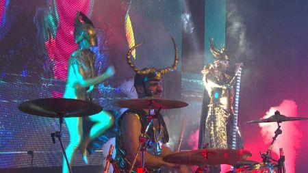 5 best Empire Of The Sun lyrics