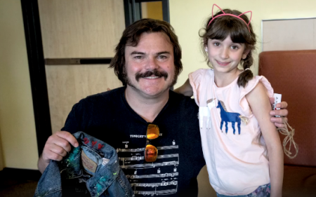 Watch: Jack Black sings to kids at the Children's Hospital Los Angeles