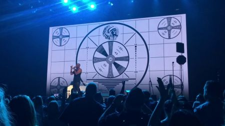 Dave Chappelle and John Mayer remember Charlie Murphy at Mayer's concert in Columbus (watch)