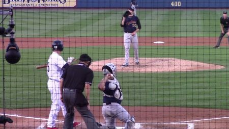 Yankees sign left handed pitcher Jordan Montgomery