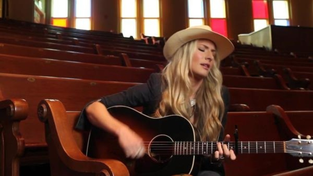A conversation with renowned singer-songwriter Holly Williams