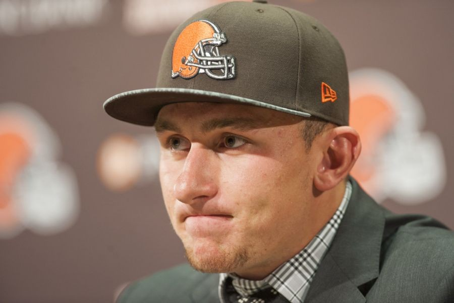 Did Cleveland Browns make a mistake limiting media access to Johnny Manziel?