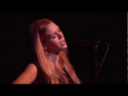 Singer-songwriter Natalie Gelman: I give all I can to the audience