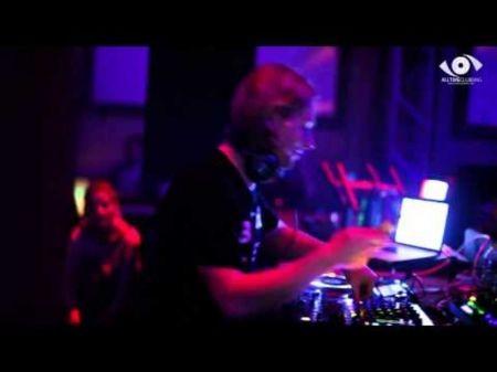 James Zabiela: Crowd favorite in EDM scene